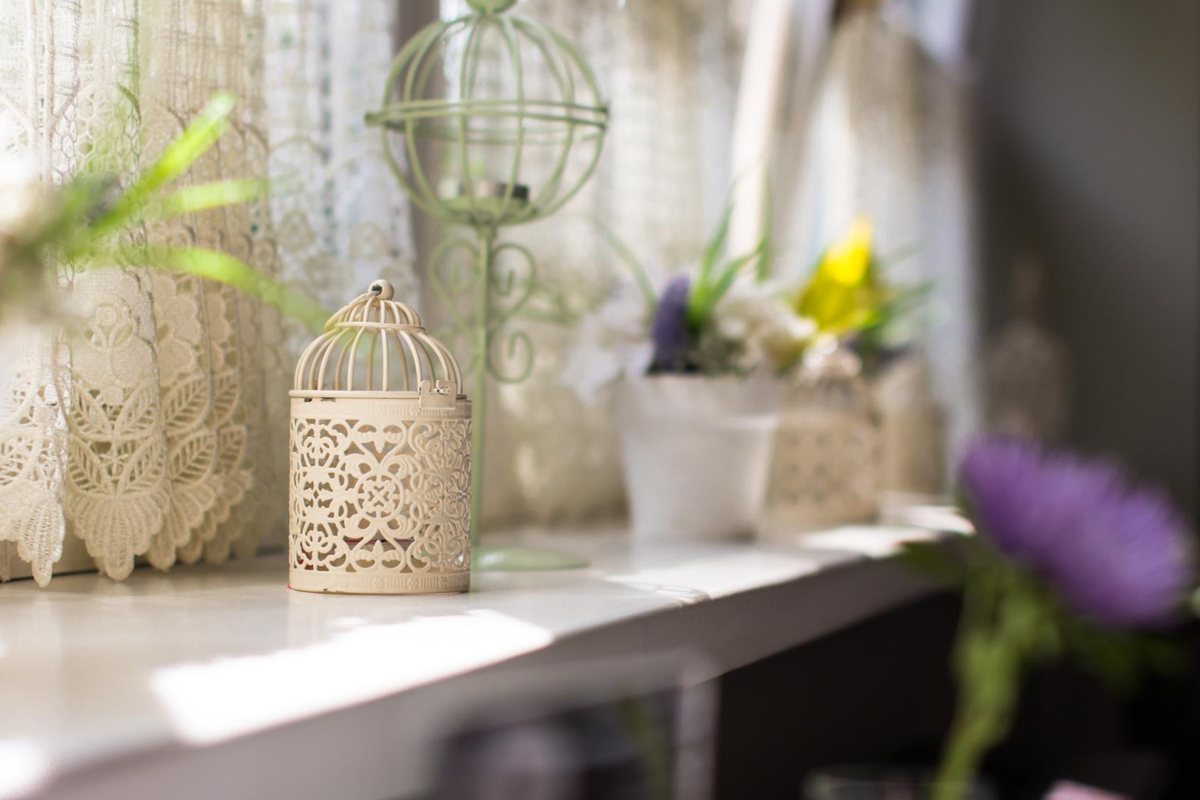 England Furniture Bright Living Room Summer Tips